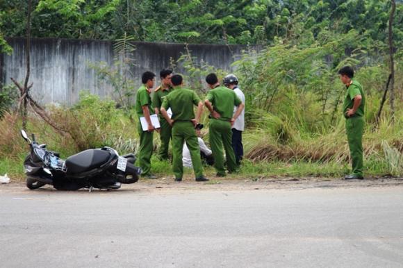 Bắt nghi phạm giết tài xế xe ôm, giấu xác trong bãi cỏ - 1