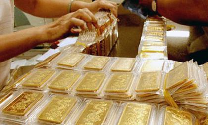 Giá vàng hôm nay 19/12: Rủi ro ập đến, vàng rập rình tăng tiếp