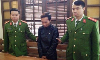 Khởi tố kẻ giết người chôn xác 7 năm dưới phòng ngủ ở Quảng Bình