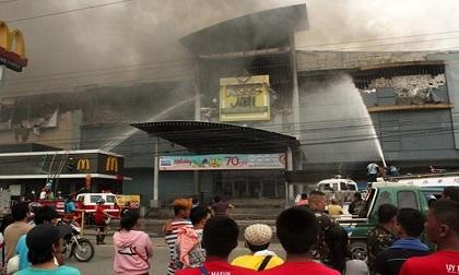 Hỏa hoạn lớn tại siêu thị Philippines đúng dịp Nôel, 36 thi thể được tìm thấy
