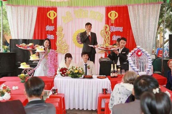 Đám cưới dậy sóng xứ Thanh: Cô dâu lớn hơn chú rể 22 tuổi - 5