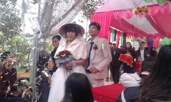 Đám cưới dậy sóng xứ Thanh: Cô dâu lớn hơn chú rể 22 tuổi - 2