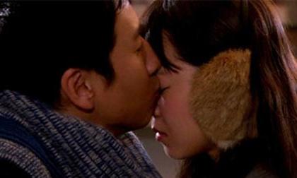 Đoán tính cách, sở thích, con người vận mệnh chàng qua nụ hôn