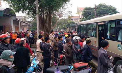 Thanh Hóa: Hàng trăm người dân thương tiễn 3 mẹ con bị sát hại về nơi an nghỉ cuối cùng
