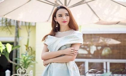 Hoa hậu Ngọc Diễm bị tai nạn, siêu xe tiền tỷ bị thiệt hại không nhỏ