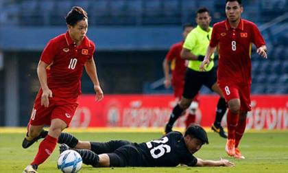 """Bóng đá Việt Nam 2018: Ồ ạt """"tấn công"""" châu lục"""