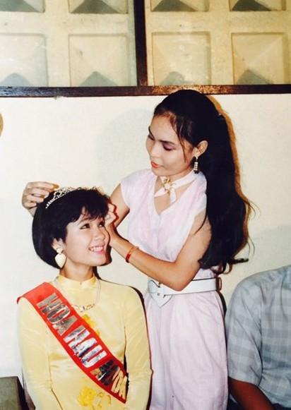 Giây phút đăng quang của Hoa hậu Kiều Khanh 29 năm về trước.