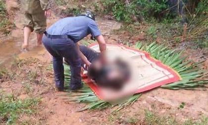 Phát hiện thi thể nam thanh niên tử vong cạnh xe máy bên bờ suối