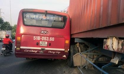 Đình chỉ tài xế xe buýt truy đuổi xe container