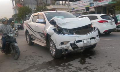 """Xe 'điên"""" gây tai nạn liên hoàn, 2 nữ sinh Hải Phòng chết thảm"""