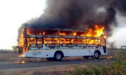 Cháy xe buýt tại Kazakhstan, 52 người chết