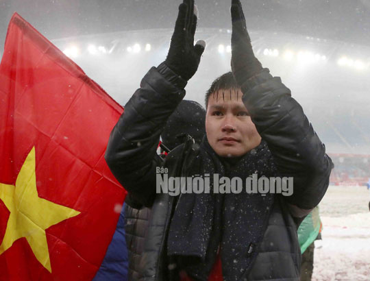Bài hát về U23 Việt Nam bằng tiếng Nhật gây chấn động thế giới