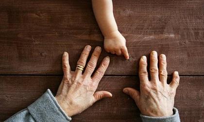 6 dấu hiệu nhận biết bệnh qua móng tay cực đơn giản