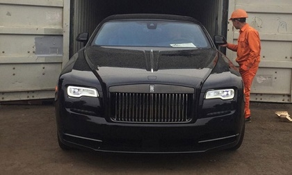 Xe siêu sang Rolls-Royce Wraith Black Badge đầu tiên về Việt Nam