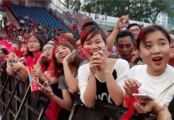 AFC sốc khi kỳ tích U23 Việt Nam phá mọi kỷ lục truyền hình - Ảnh 1.
