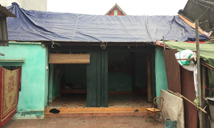 Dân làng Quan Độ phủ bạt lên nóc nhà đón Tết sau vụ nổ rung chuyển Bắc Ninh