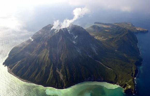 Siêu núi lửa sắp thức giấc, đe dọa 100 triệu người - 1