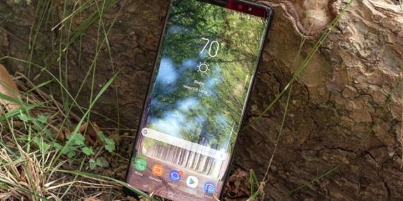 Top smartphone Android đáng mua nhất dịp đầu năm - 2