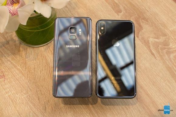 Galaxy S9 đọ dáng cùng iPhone X: Song long tranh bá - 6