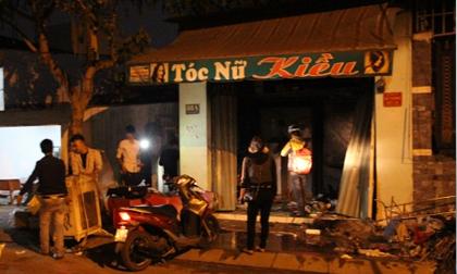 Căn nhà khóa trái cửa phát hỏa dữ dội, đôi nam nữ chết cháy thương tâm