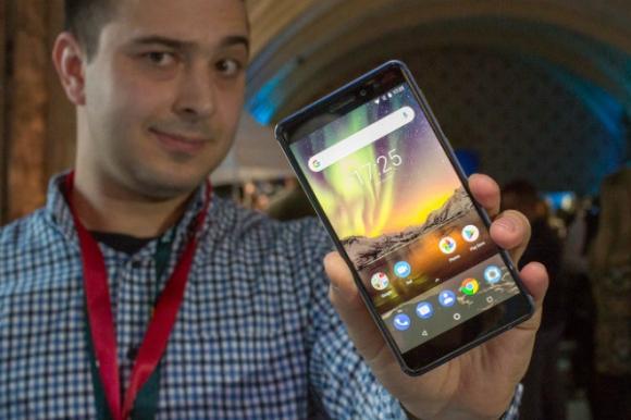 Trên tay 2018 Nokia 6: Smartphone tầm trung tốt nhất - 1