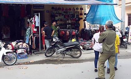 Nam thanh niên dùng búa đinh đánh bạn gái tử vong giữa khu chợ sinh viên rồi treo cổ tự tử