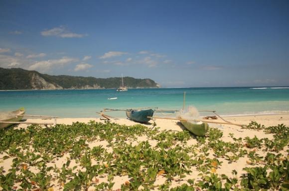 Không chỉ Bali trứ danh, Indonesia còn có những hòn đảo đẹp kinh ngạc thế này - 6