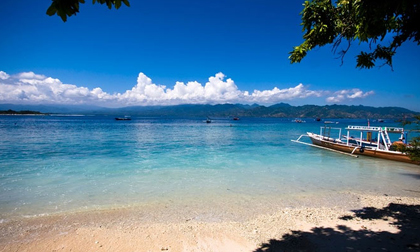 Không chỉ Bali trứ danh, Indonesia còn có những hòn đảo đẹp kinh ngạc thế này