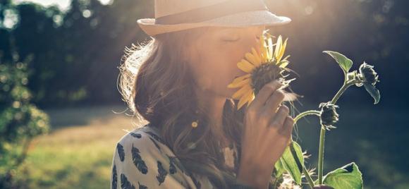Nếu cuộc sống quá ngột ngạt, hãy thay đổi những thói quen này, có thể bạn sẽ dễ thở hơn - Ảnh 1.