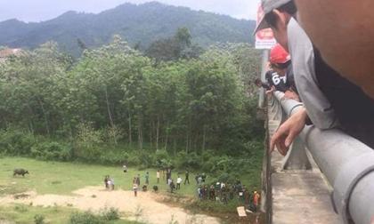 Hà Tĩnh: Nam sinh lớp 8 nghi nhảy cầu tự tử
