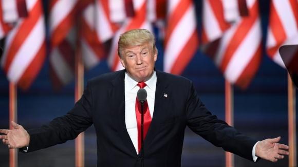 Ông Donald Trump mất 400 triệu USD từ khi làm Tổng thống - 1