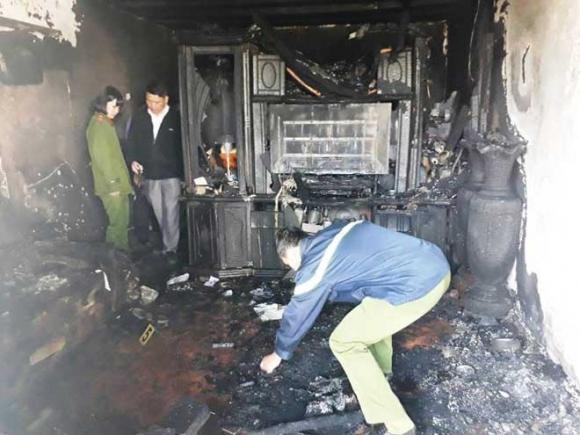 Người chết thảm, nhà cháy rụi vì làm hàng xóm bực mình - 1