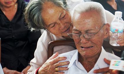 Nấc nghẹn trong lễ viếng nguyên Thủ tướng Phan Văn Khải