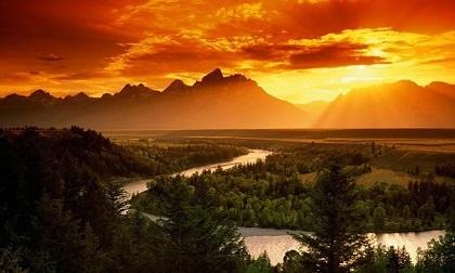 Không thể rời mắt trước những ngọn núi đẹp-độc-lạ khiến dân du lịch phát cuồng