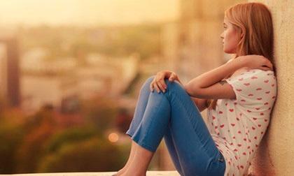Này các cô gái, nếu có thất tình, hãy thất tình như một quý cô: Khóc trong nhà và tươi tắn ra đường