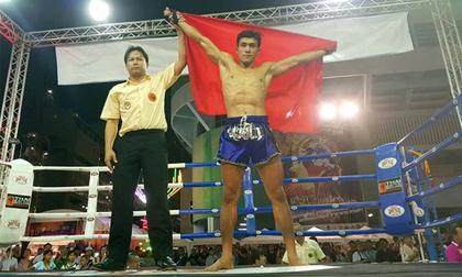 'Độc cô cầu bại' Việt gây sốc: 6 ngày đoạt 2 đai vô địch Muay thế giới