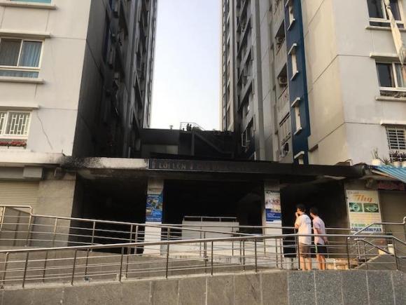 Ảnh: Hiện trường vụ cháy chung cư khiến 13 người chết ở TP.HCM - 10