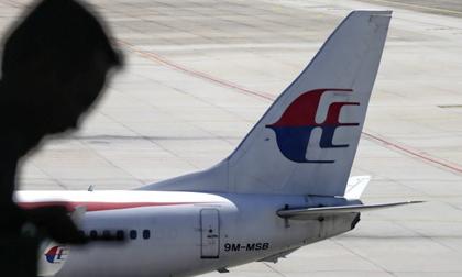 MH370: Người đang vung số tiền khổng lồ mỗi ngày để tìm kiếm là ai?