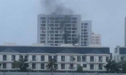 Cháy tại chung cư Parc Spring ở Sài Gòn, cư dân vừa tháo chạy vừa la khóc