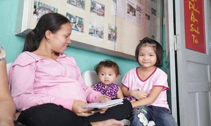 Mẹ bầu rong ruổi khắp Sài Gòn tìm con gái mất tích và phép màu xuất hiện