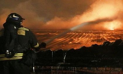 Lại xảy ra hỏa hoạn tại tòa nhà 5 tầng ở trung tâm Sochi, Nga