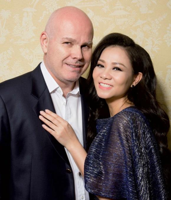 Lần đầu lộ diện con trai 3 tuổi của ca sĩ Thu Minh với chồng Tây - Ảnh 2.