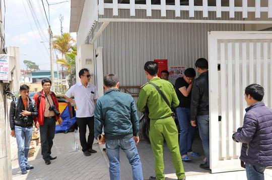 Vụ nổ súng ở Đà Lạt: Hàng xóm khai lạc đạn khi thử súng - Ảnh 1.