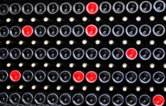 Cách phân biệt rượu vang thật và giả cực chính xác - 2
