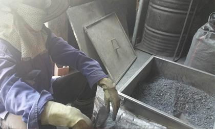 Nghi vấn cơ sở 'sản xuất thuốc trị ung thư từ bột than' vẫn hoạt động
