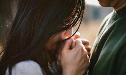 Trong hôn nhân, có lúc điều người ta sợ nhất không phải là ngoại tình, mà chính là…
