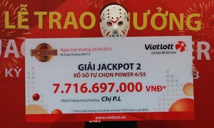 """2 cô gái bỗng trở thành tỉ phú Vietlott nhờ jackpot """"khủng"""""""