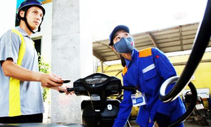 Doanh nghiệp xăng dầu đề nghị 'khai tử' xăng RON 95, chỉ dùng E5