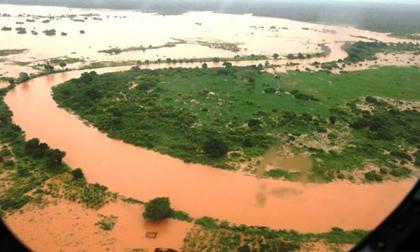 Biển nước sau vỡ đập giết chết 47 người ở Kenya