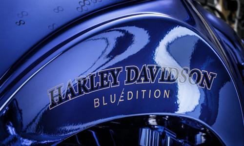 Chiếc Harley Davidson Softail Slim Blue Edition giá 43 tỷ đồng có gì đặc biệt? - 3